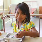 カンボジア国立小児病院給食支援に協力